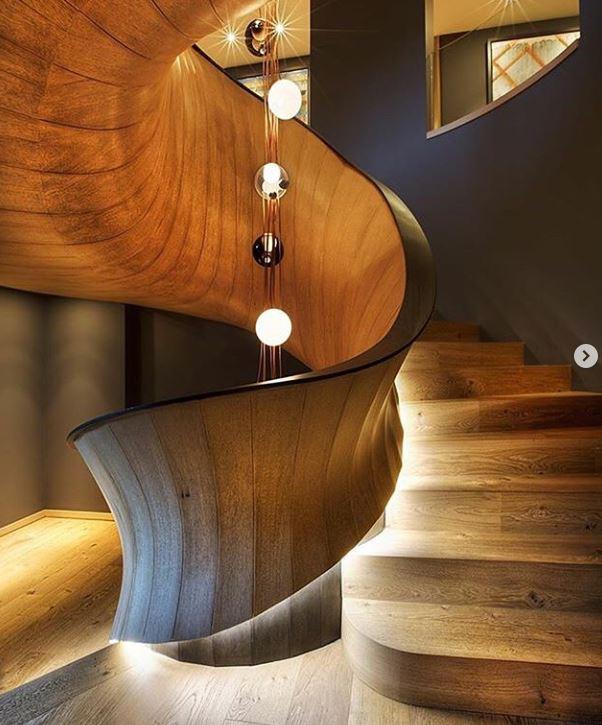 پله چوبی به سبک استانبولی