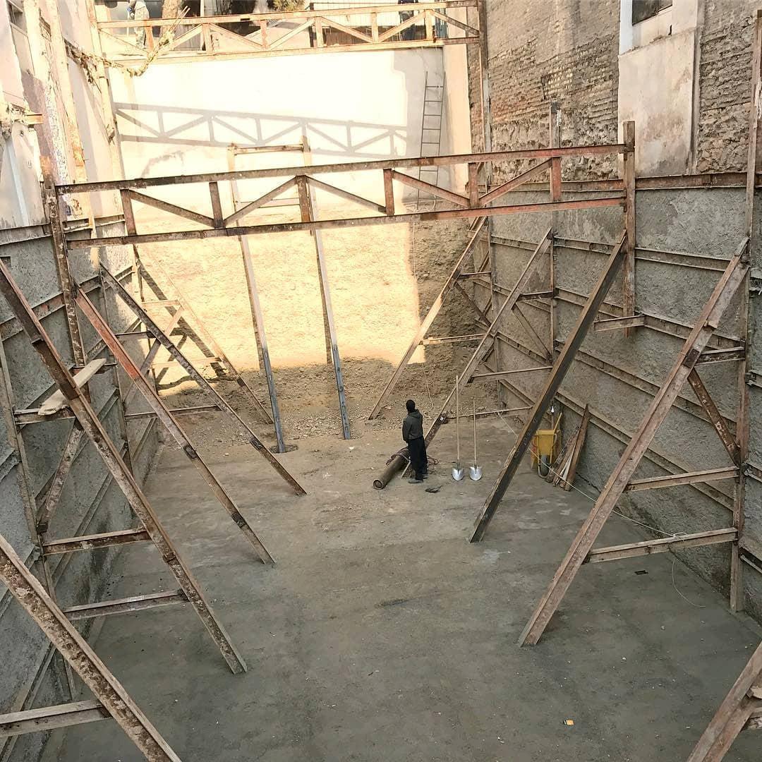 تصاویر اجرایی از مراحل متوالی ساخت سازه نگهبان خرپایی